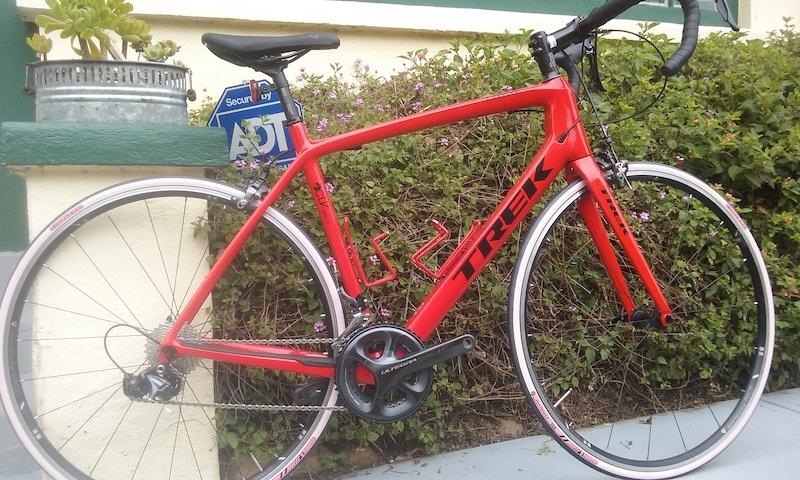 2015 Trek Madone Project one 400 series 56 cm road bike