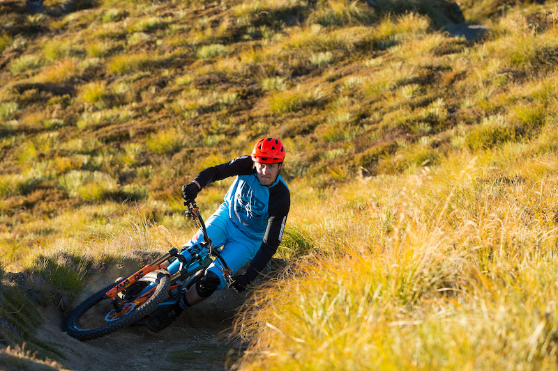 Cornering XC trail Coronet Peak. Queenstown