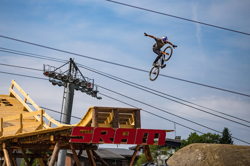 Win a trip to Crankworx Whistler - Crankwork Fantasty contest