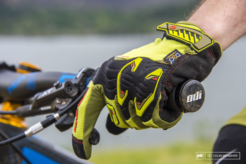 Summer of Glove: 7 Men's Gloves Reviewed - Pinkbike