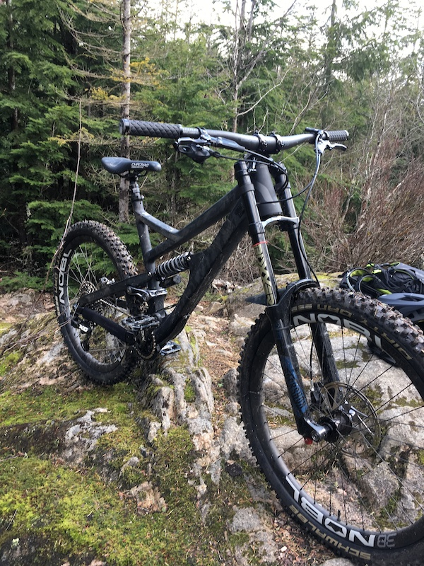 2017 Devinci Spartan with 180mm Rock Shox Boxxer World Cup and SRAM X01 Eagle