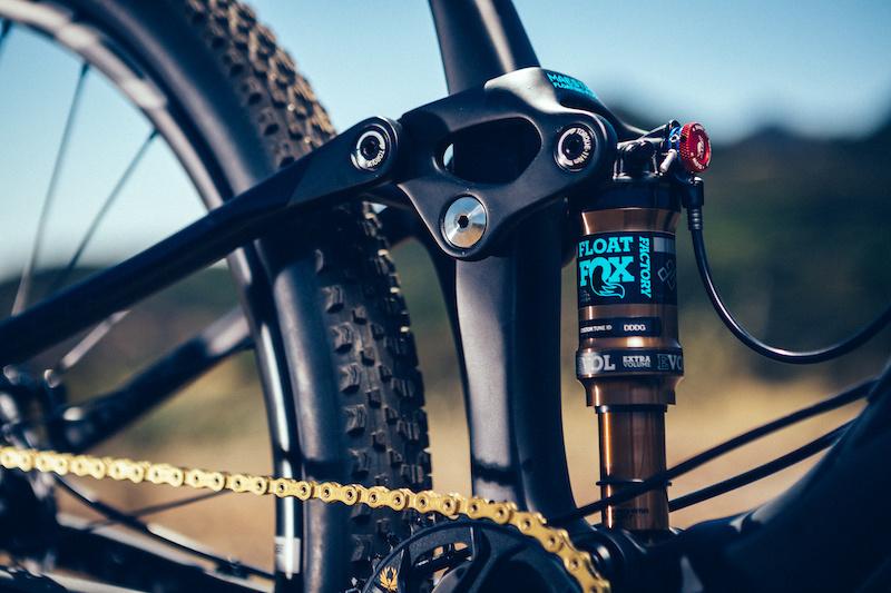 Giant Introduces New Anthem 29 XC Race Bike - Pinkbike