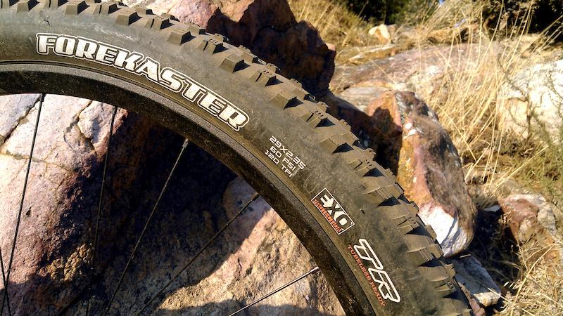 Maxxis Aggressor DC//EXO//TR 29x2.5 Tubeless Mountain Bike Tire