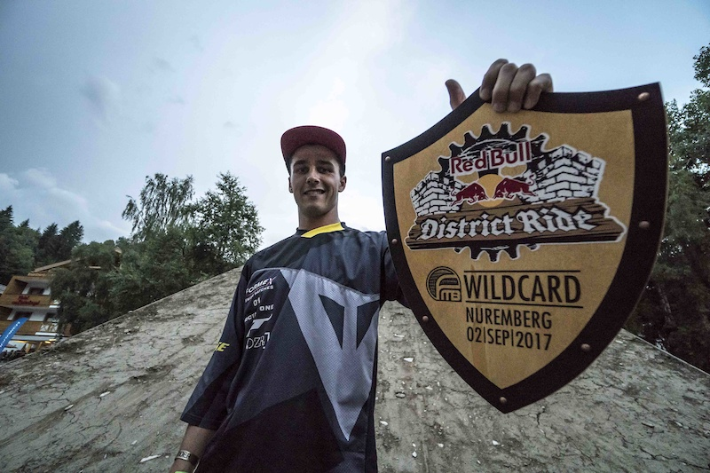 Simon Pagès Heads to Red Bull District Ride