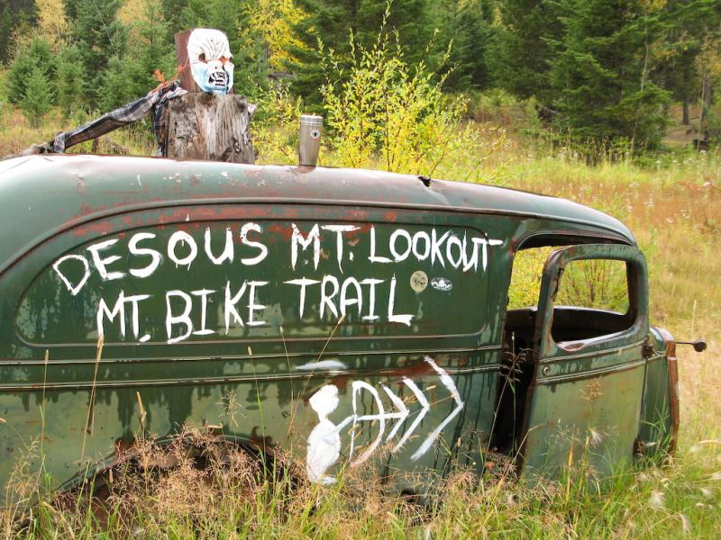 Old car with directions to the top of the hill at Desous.-photo by Bush Pilot Biking