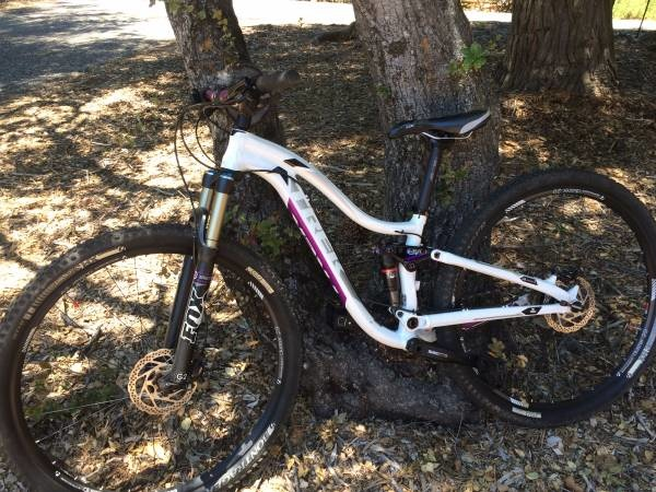 Giant Liv Pique SX 2 Womens Mountain Bike Small Only 2019