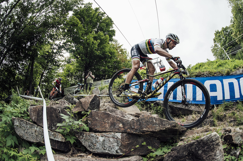 Nino Schurter performs at UCI XCO World Cup in Mont Sainte Anne Canada on August 6th 2017 Bartek Wolinski Red Bull Content Pool P-20170807-00226 Usage for editorial use only Please go to www.redbullcontentpool.com for further information.