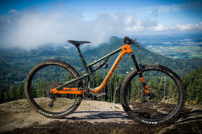 Rocky Mountain Rocky Mountain Instinct Carbon 90 BC Edition
