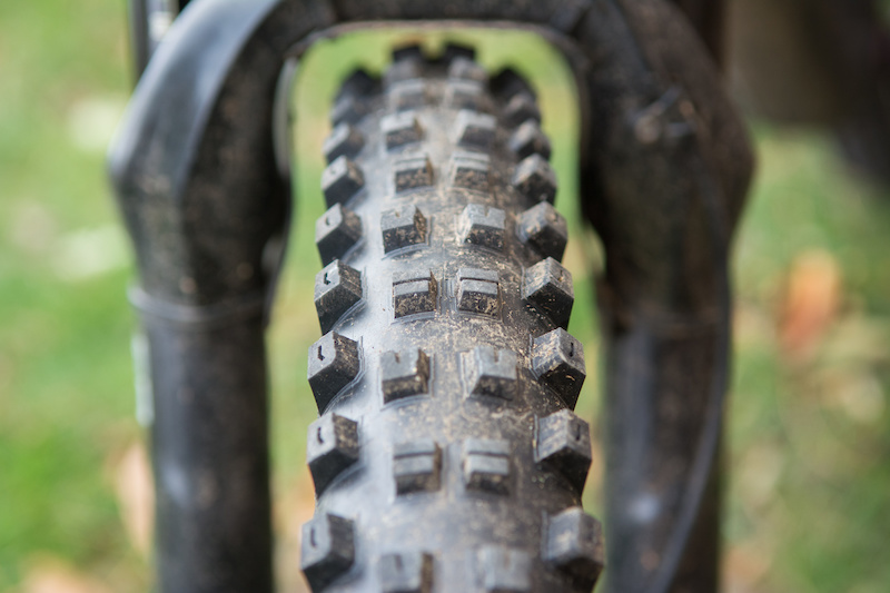 AM New Specialized Hillbilly Grid Tire 29 x 2.6 Grid Casing Enduro