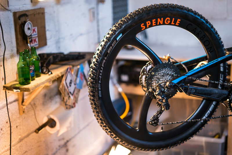 Spengle's One-Piece Carbon Enduro Wheels - First Look - Pinkbike