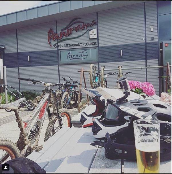 Nukeproof Pulse 2014, beer and BELL helmets @panoramacafewinterberg