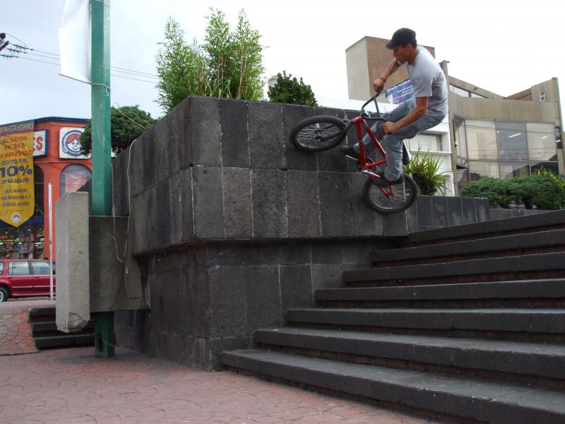 wallride down the stairs