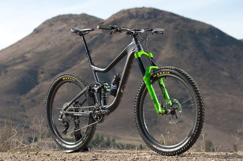 Giant Factory Off-Road Team Partners with DVO Suspension for
