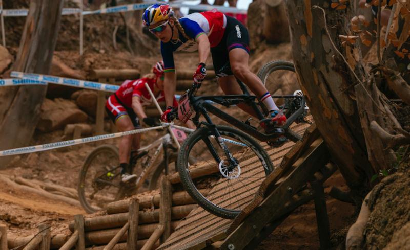Original un-cropped photo https www.pinkbike.com photo 15680340