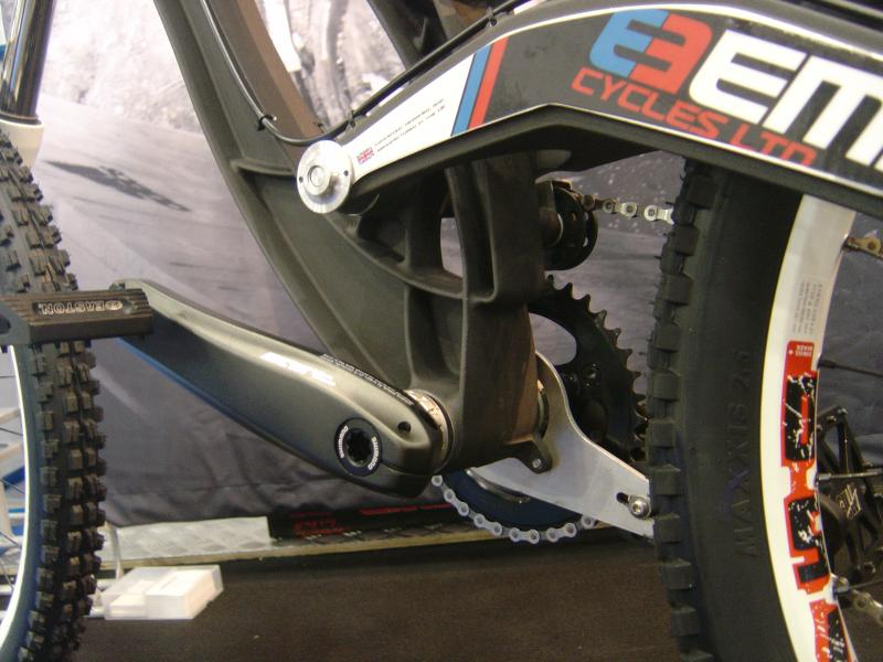 empire bike bb area detail.