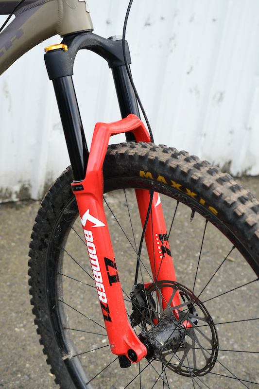 Marzocchi's New Bomber Z1 Fork - First Ride - Pinkbike