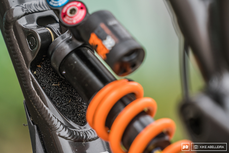 Commencal Supreme DH 29 Review - factory fitted moto-foam