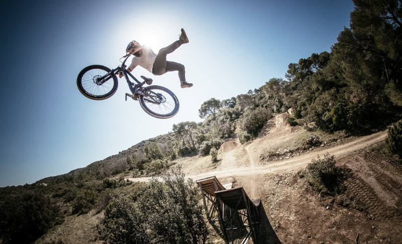ede62537aad YT Launches Limited Edition Play Slopestyle Bike - Pinkbike