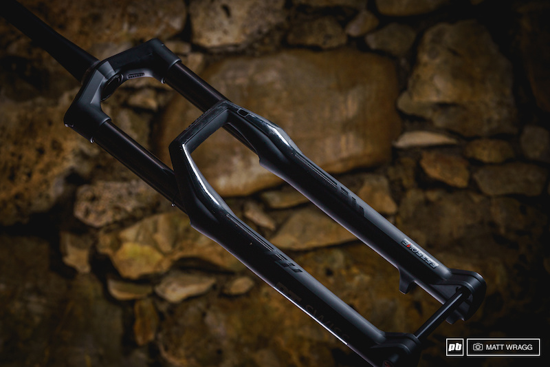 58ae2349dc3 First Look: DT's New F535 One Fork - Pinkbike