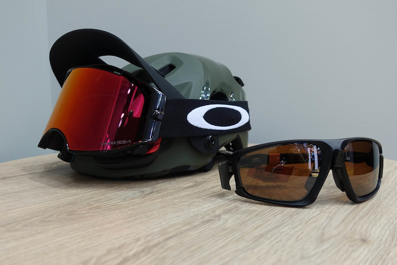 52029051c58 Oakley s New MTB Range Includes Clothing   A Greg Minnaar Helmet - Eurobike  2018