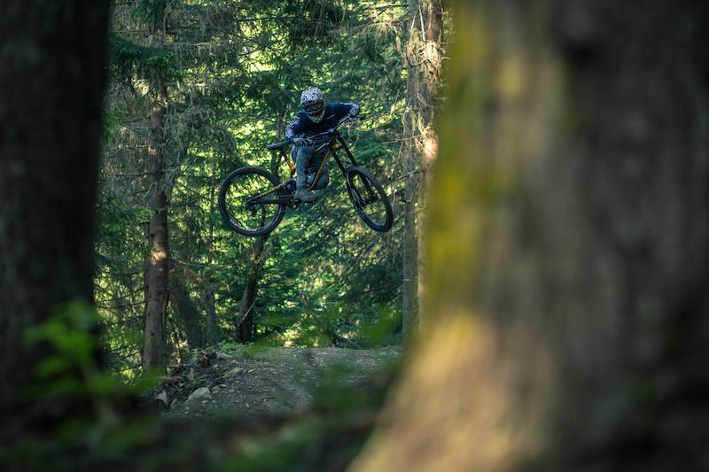 Charging Alpine Off Piste Steeps
