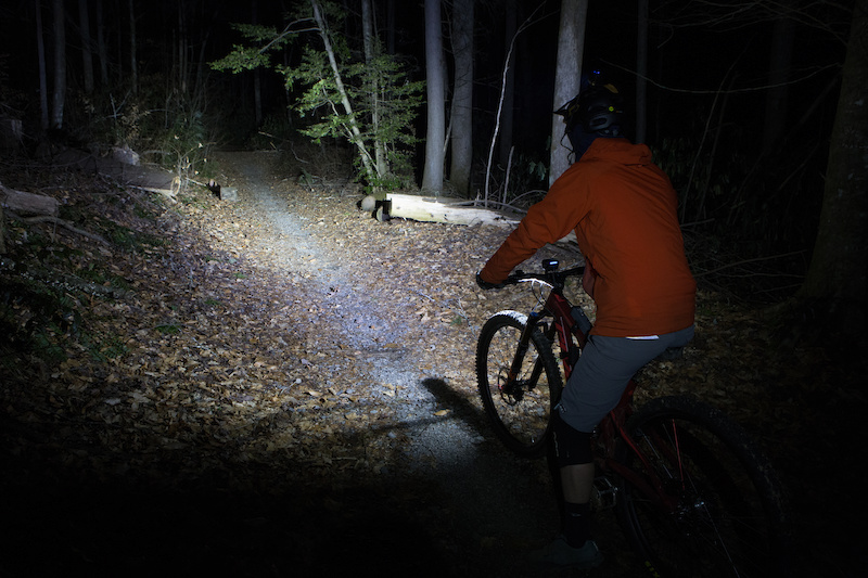 7 Of The Best Mountain Bike Lights Ridden Rated Pinkbike