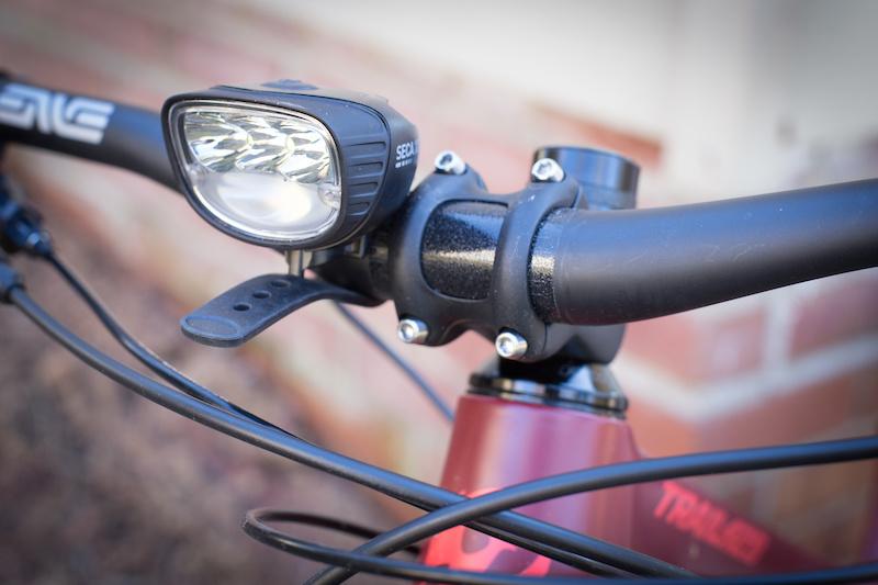 Bicycle Headlight Handlebar Blinking Cautious Motion Warning Safety Flashing Kit