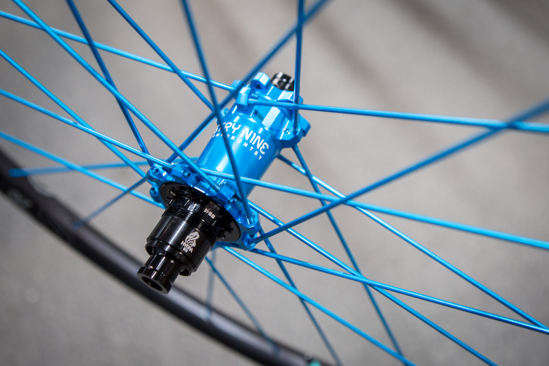 Review: Industry Nine's New Hydra Hubs Have 690 Points of