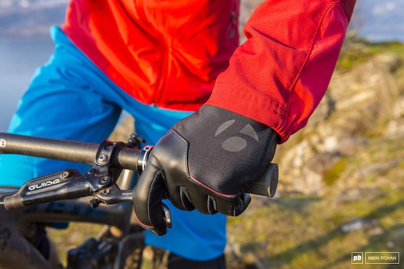 Ridden & Rated: 5 Gloves for Shoulder Season - Pinkbike