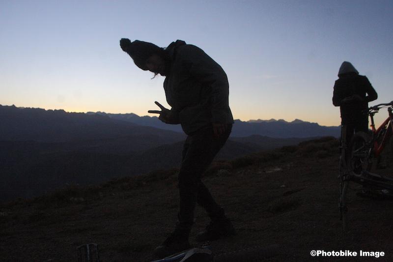 amaneciendo en cerro provincia 2750 Mts listo para atacar el SAn Ramon de 3215 , Boomer saluda y Elias quiere rodar la llave jajajaja