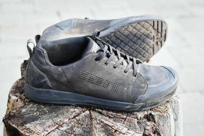 Ion Raid Amp flat pedal shoes review | off road.cc