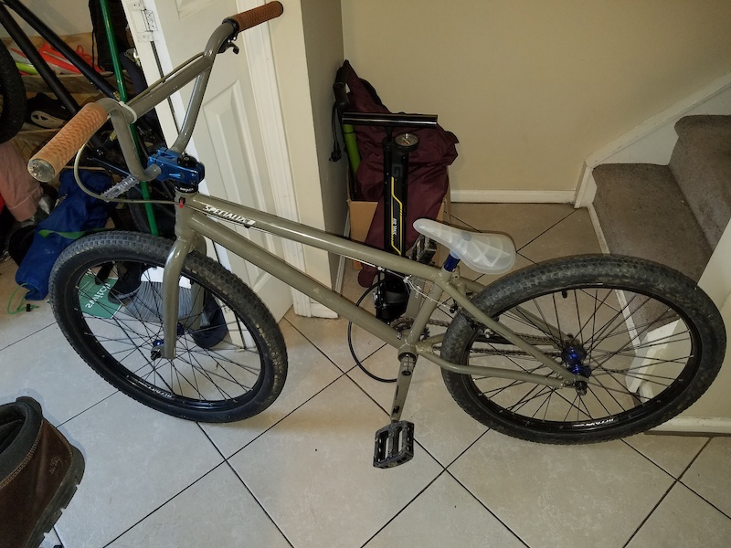 2012 Specialized P24 Freestyle Bmx Dirt Jumper For Sale