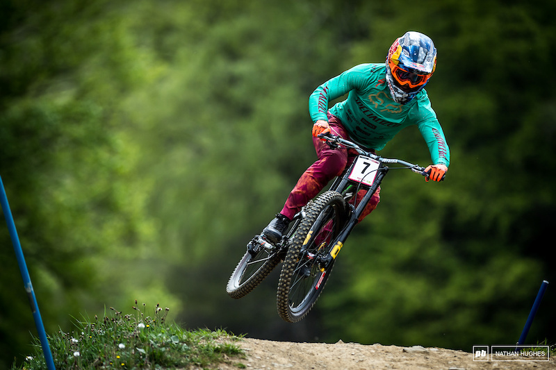 Qualifying and Finals Highlights with Eliot Jackson - Maribor DH World Cup 2019