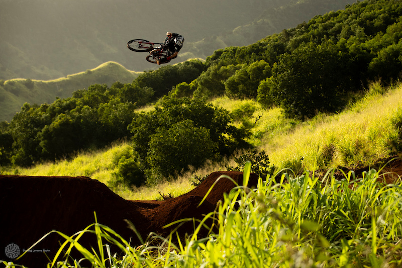 Ryan 'RDogg' Howard filming for the Oahu segment in 'Return to Earth' by Anthill Films.       Photo-  Sterling Lorence @eyeroam