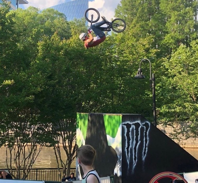 Landing gear down. Robbie Armour put a hurting on the course and earned best trick with moves like a no-handed frontie, decade backflip, 360flip, double flip.. have I hit Pinkbike's character limit yet?