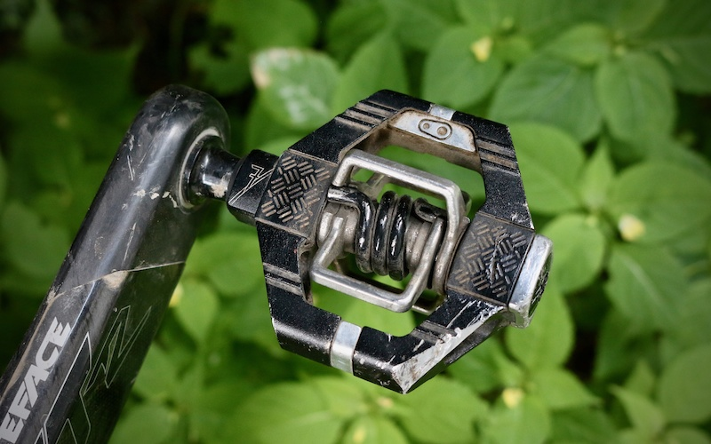 Crank Brothers Mallet 2 Silver or Green Clipless Bike DH Pedals /& Cleats Bros