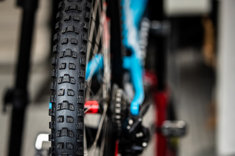 First Look: Maxxis' New Dissector Tire is Made for Dry, Loose Conditions - Pinkbike