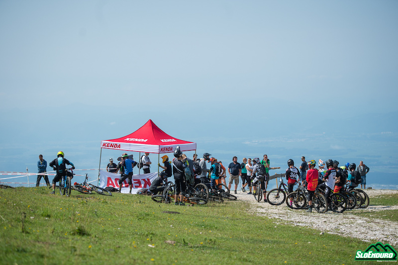 Enduro Krvavec SloEnduro rd. 3 and Slovenian National Championships August 25. SS1 start on Panorama trail. Photo by An e Petkov ek