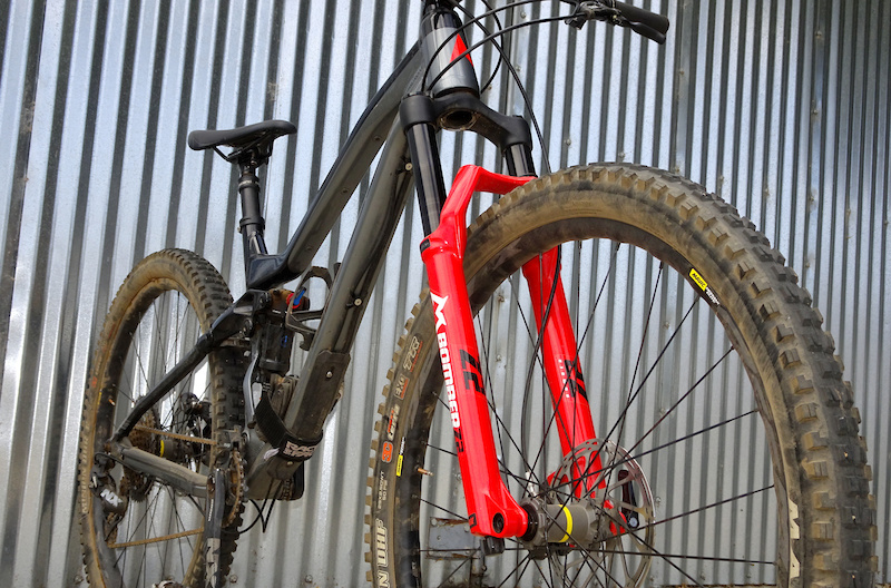 Review: Marzocchi's New Bomber Z2 Fork is Impressive & Affordable - Pinkbike