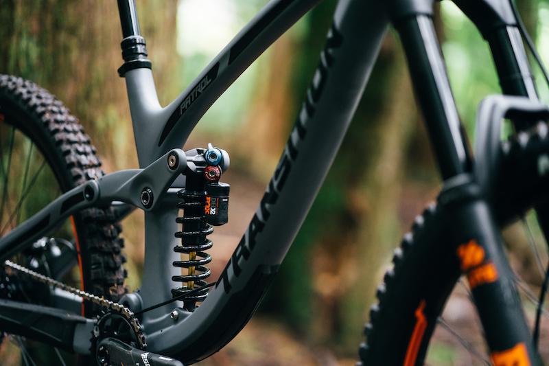 Rock Shox LYRIK 2010 Mountain Bike Cycling Decal Kit Sticker Adhesive Red