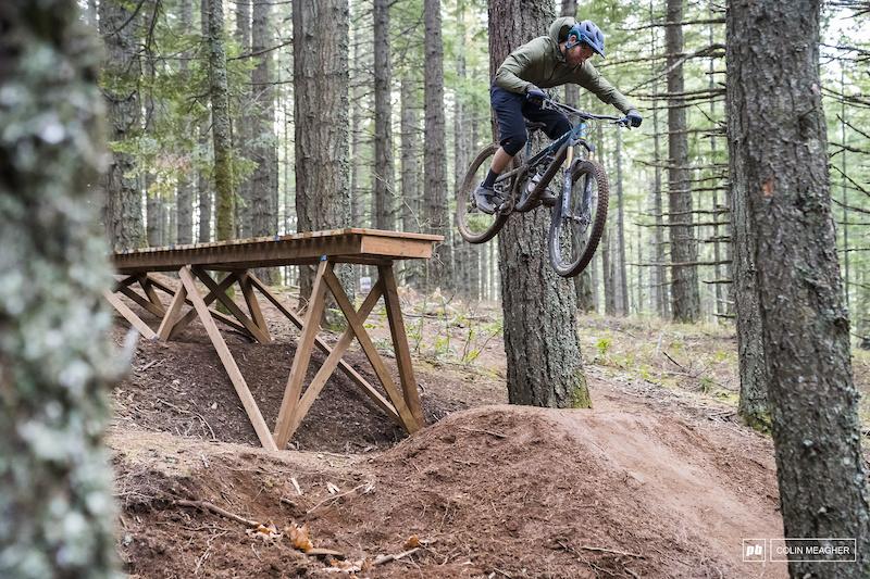 mountain biking cycling Phantom Madison Roam gents riding shorts