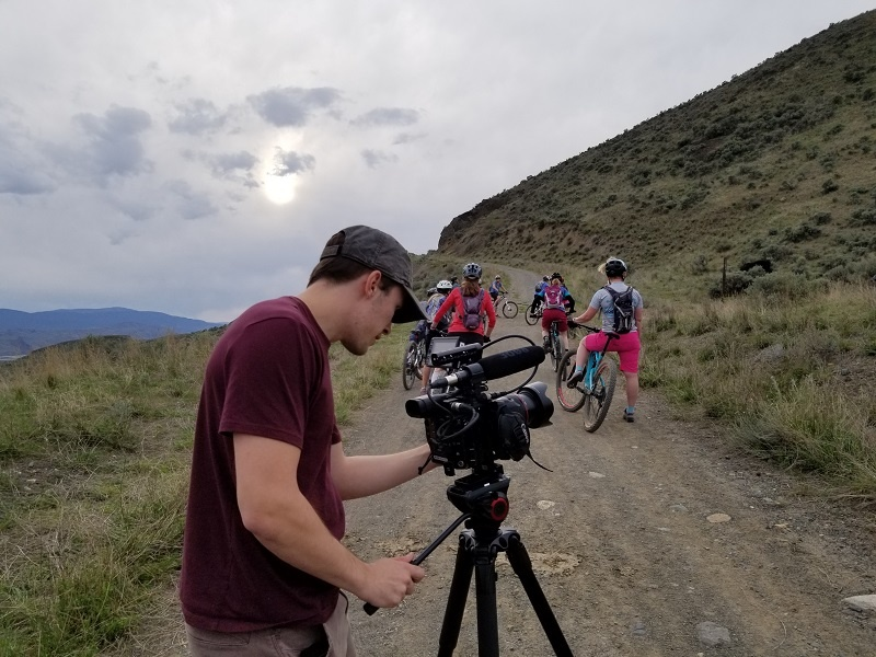 Filming the documentary - The Dirt Chix: Making Time