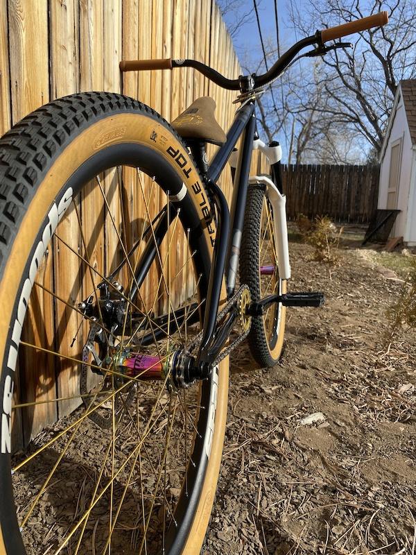 Nouveau DARTMOOR VEE TWO Front Bike Hub 100X10MM 36 h vert citron Dirt Jump Downhill