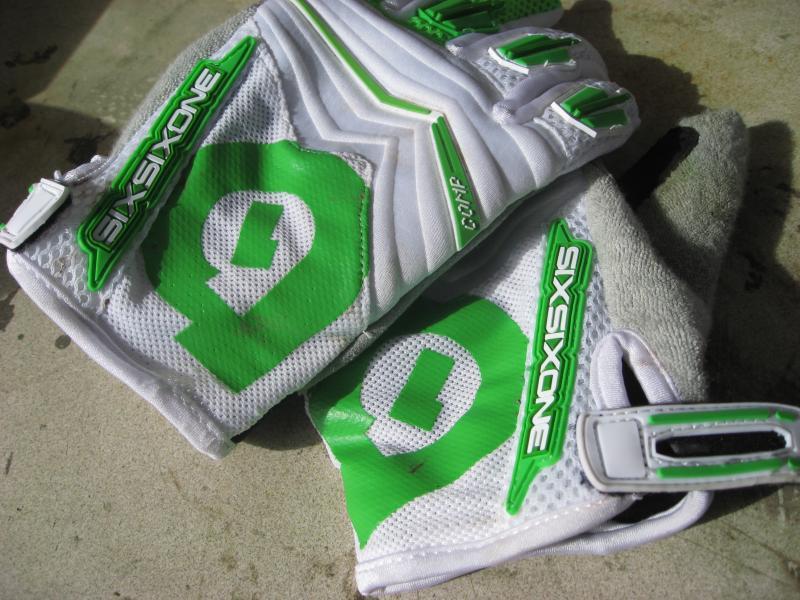 Six Six One Comp Glove