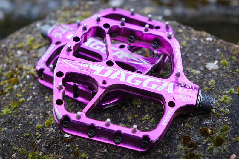 Review Chromag Dagga Pedals All Grip No Slip Pinkbike