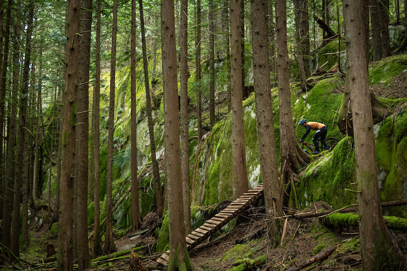 Video: Miranda Miller Rides her Local Trails in 'Home Bound & Down' - Pinkbike