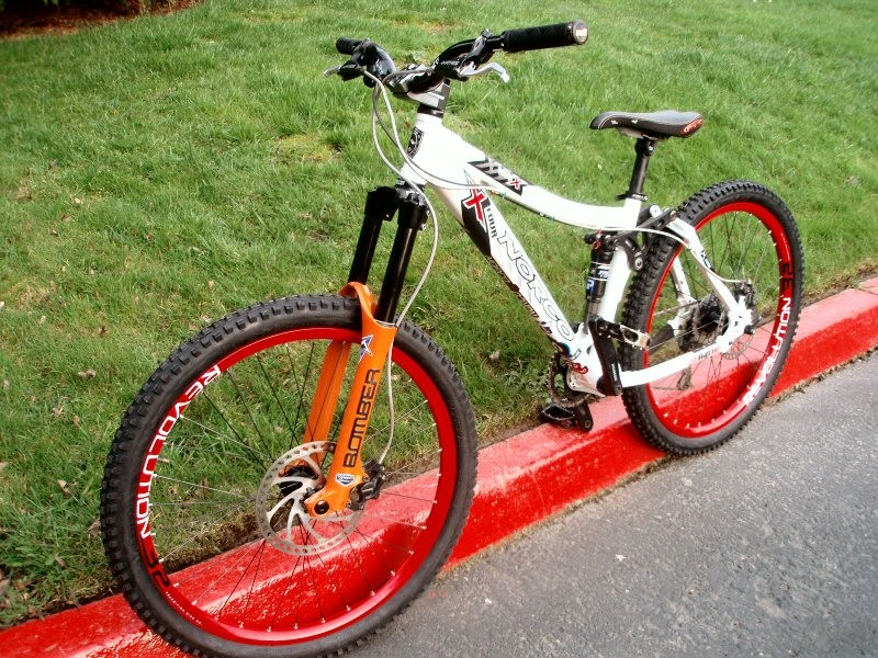 The little bike got new sneaks...