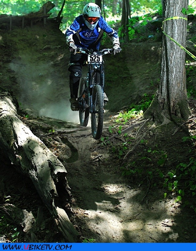 just landed the drop sendin down the trail on my race run