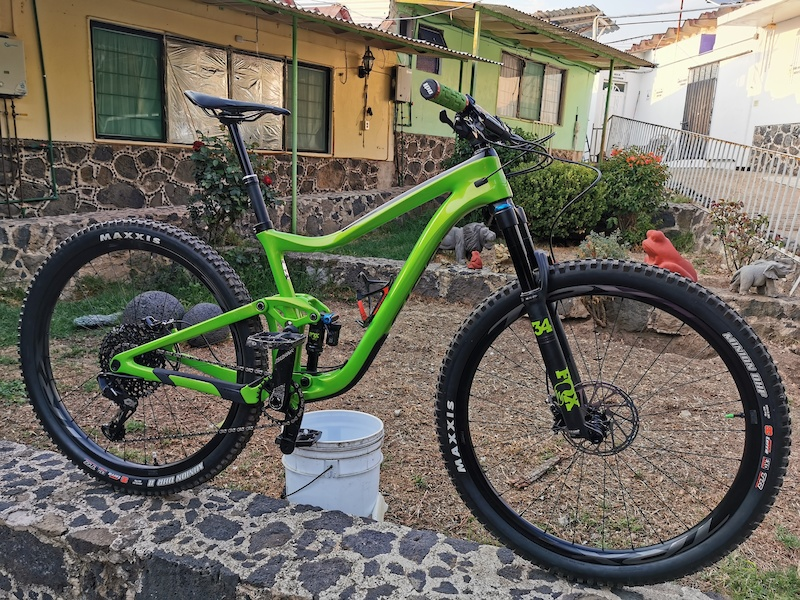 Another green bike New bike Day Giant Trance