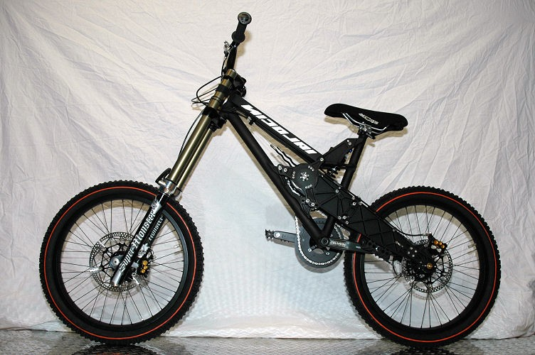"""nicolai nucleon dh world cup, 24"""" rims, 300mm super monsters, g-funn gearboxx"""